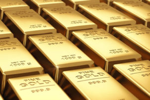 Gold traders await an early breakout